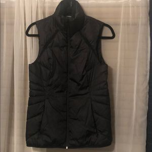 Woman's sleeveless puffer vest Champion C9
